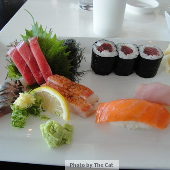 Sashimi Sushi Combination - Morimoto Waikiki, Honolulu, HI
