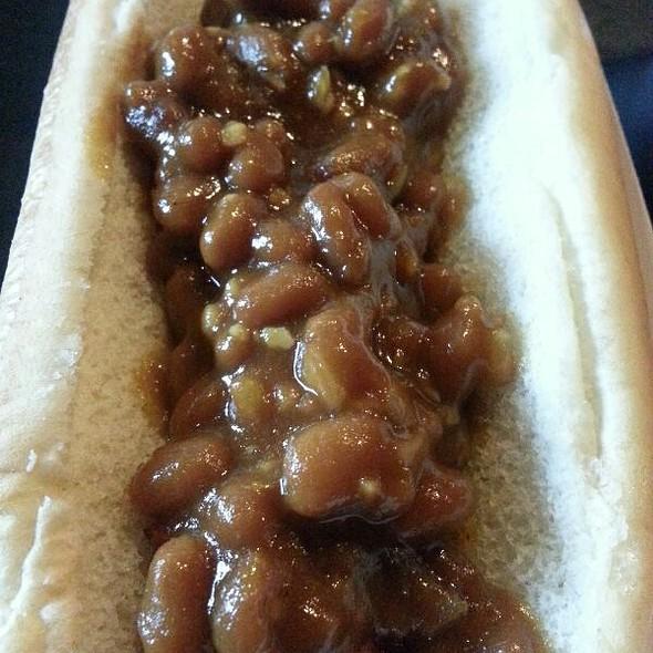 Hot Dog @ Voodoo Dog