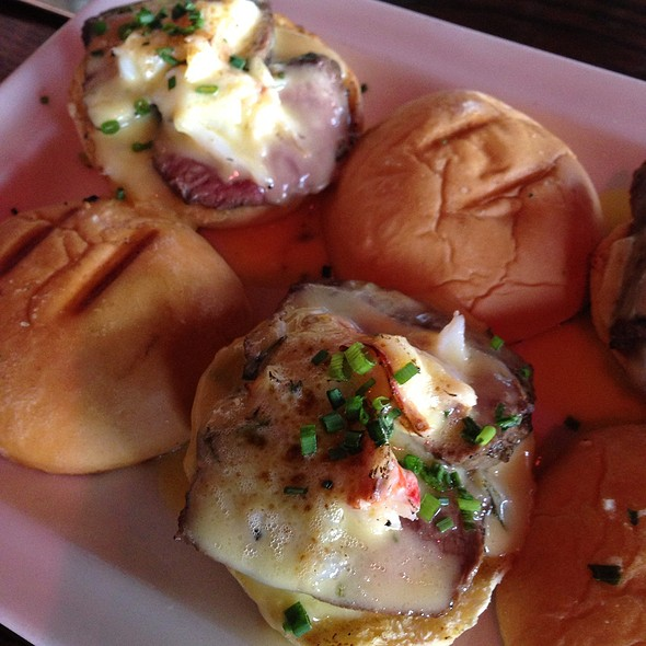Crab And Steak Sliders - Clinkerdagger, Spokane, WA