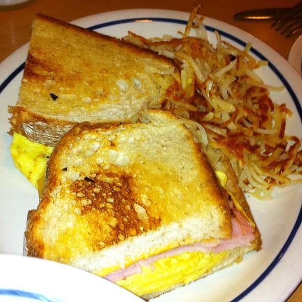 Turkey Club Sandwich With Bacon @ Ihop Restaurant