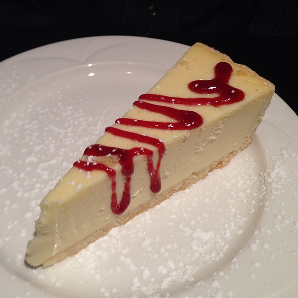 Ny Cheesecake, Raspberry Coulis - Quinn's Steakhouse & Irish Bar, Toronto, ON