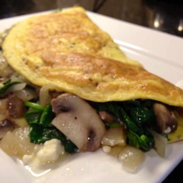 Mushroom, Spinach And Feta Omelette