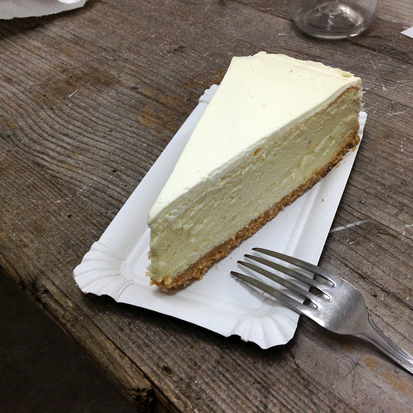 New York Cheesecake @ St. Oberholz