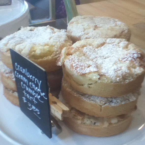 Traditional Tarts @ Stacey Cakes