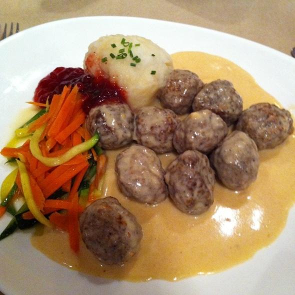 Swedish Meatballs - Smorgas Chef Wall Street, New York, NY