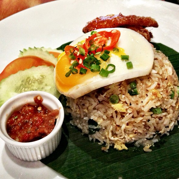 Thai Basil And Squid Fried Rice at the Social@bangsar restaurant, bar ...
