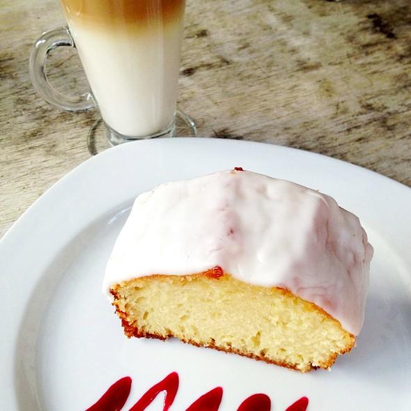 Lime Pound Cake - Fonda Garufa, Mexico, CDMX