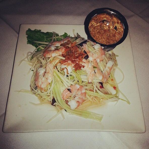 Mango salad for late din-din! Happy me!!! :-) @ Saigon On Fifth