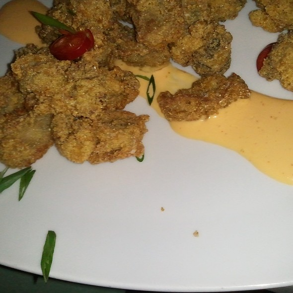 fried oysters @ Reef