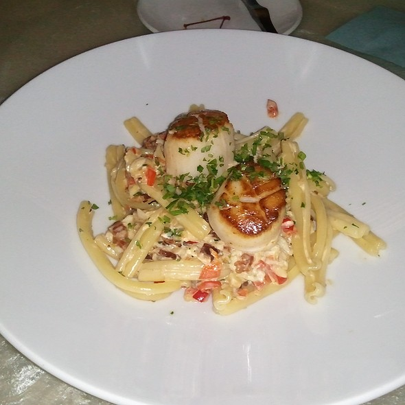 Seared Scallops and Crab Carbonara @ Reef