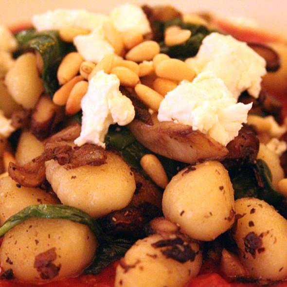 Gnocchi With Marinara Sauce @ Tavern at the Broadmoor