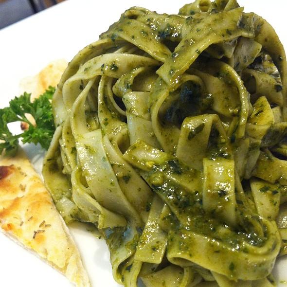 Pesto Pasta @ Aria Cucina Italiana