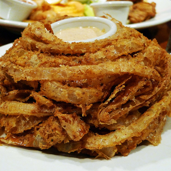 Typhoon Bloom @ OUTBACK STEAKHOUSE