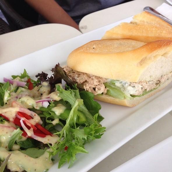 Tuna Belgium Baguette