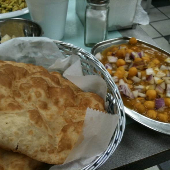 Channa Bhatura @ Chaat House