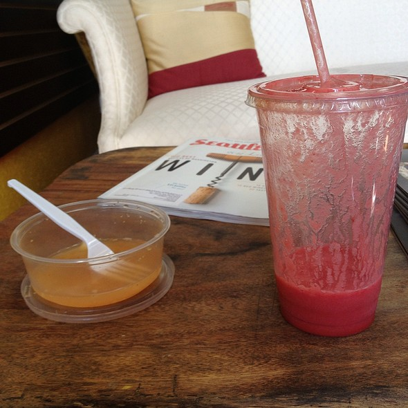 Winter Berry Smoothie & Housemade Kimchi