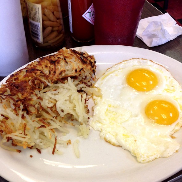 Eggs And Hashbrowns