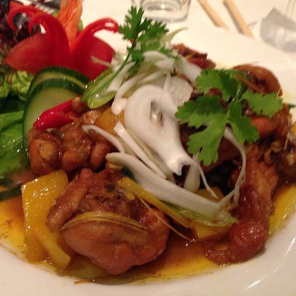Lemongrass chicken @ Vietthao