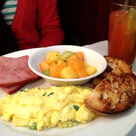 Centro Breakfast