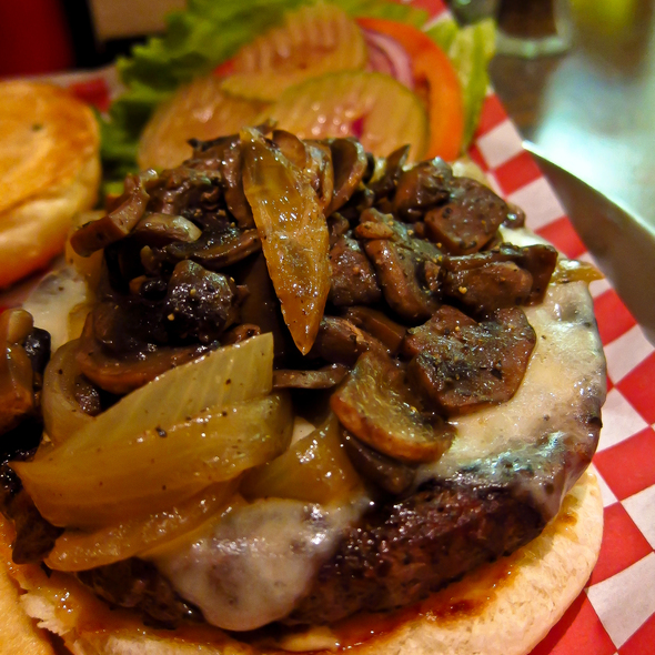 Hamburger @ Hall Of Flame