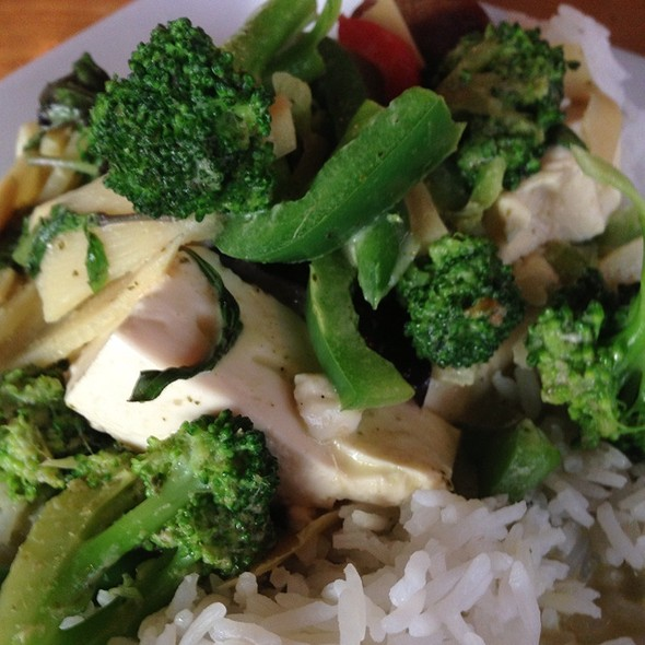 Green Curry With Broccoli U0026 Tofu At Thai Patio Hollywood
