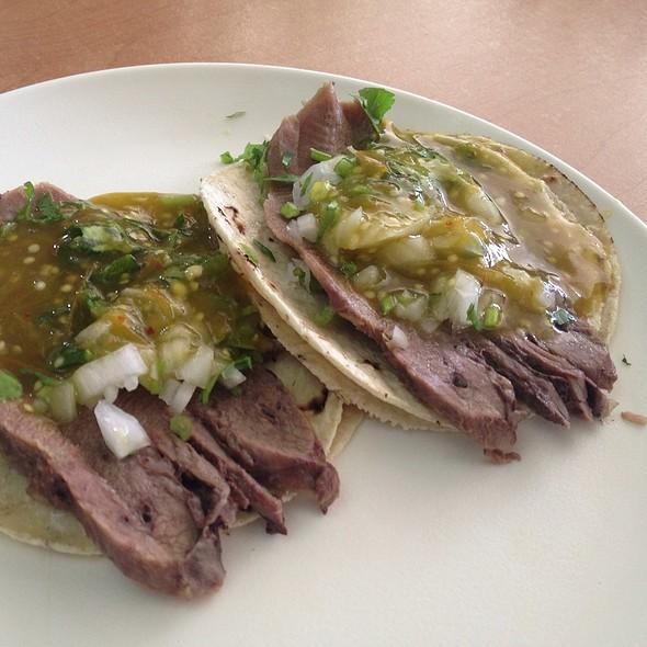 Tacos De Lengua @ Tacos Providencia