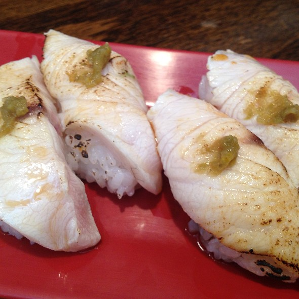 Aburi Yellowtail Belly @ Sushi Stop