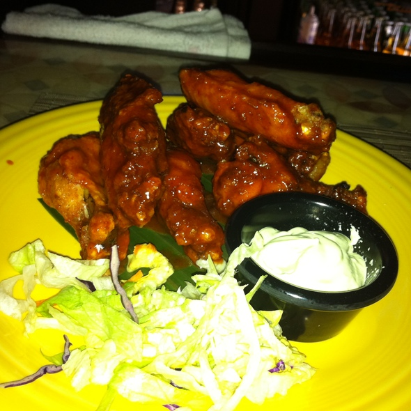 Lola's Wings - Cantina Southwest Grill & Tequila Bar, Stamford, CT