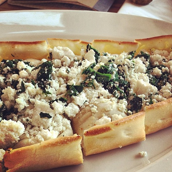 Amazingly light, cruchy and delicious pide with ricotta and spinach @ Cachi. @ Cachi