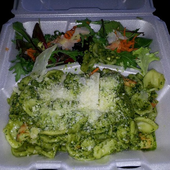 Orchette and Shrimp in Pesto Sauce @ Basil Thyme Food Truck