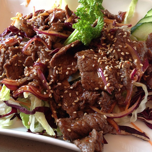 Salat Mit Rinderfilet @ Sushi Berlin