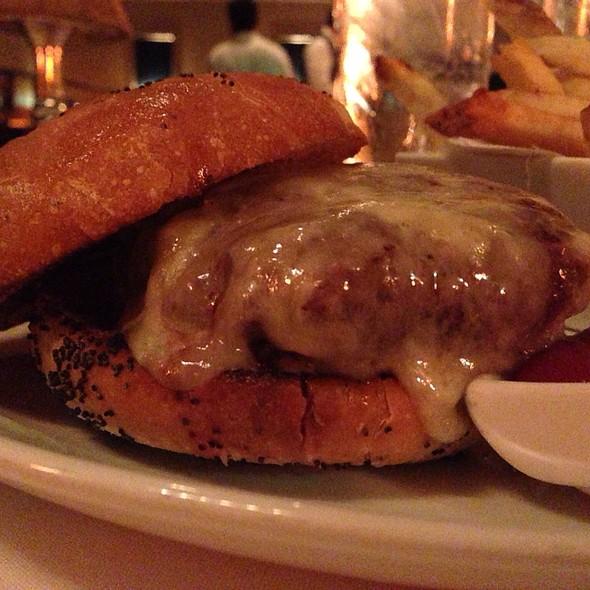 Bix Club burger