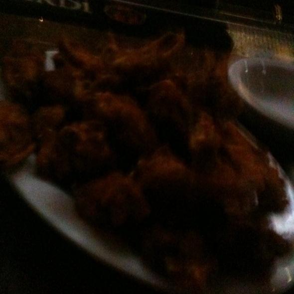 Chicken Wings @ Croxley Ales