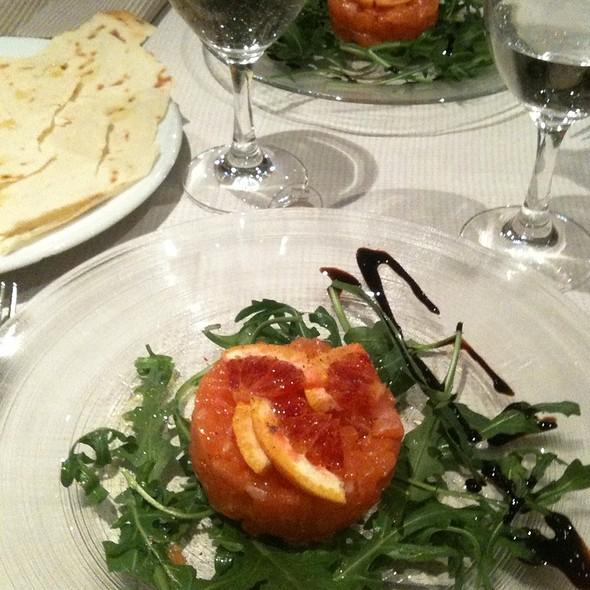 Tartara Di Salmone Con Arancia E Rucola @ Ristorante l'Allegro