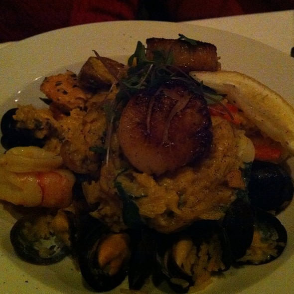 Seafood Paella - Stone House Restaurant, Burlington, ON