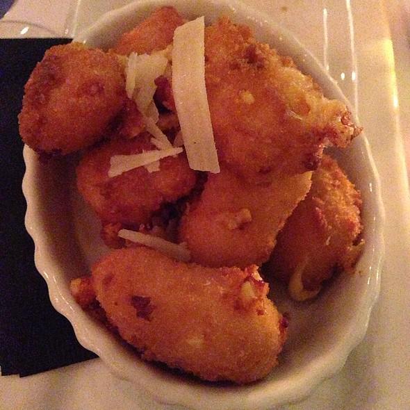 Sassy's Cheese Curds - Buck & Honeys, Sun Prairie, WI