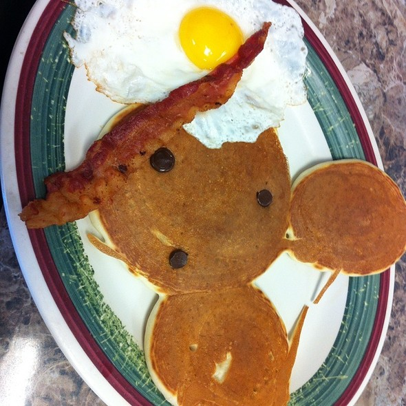 Mickey Mouse Pancakes @ Livingston's Diner