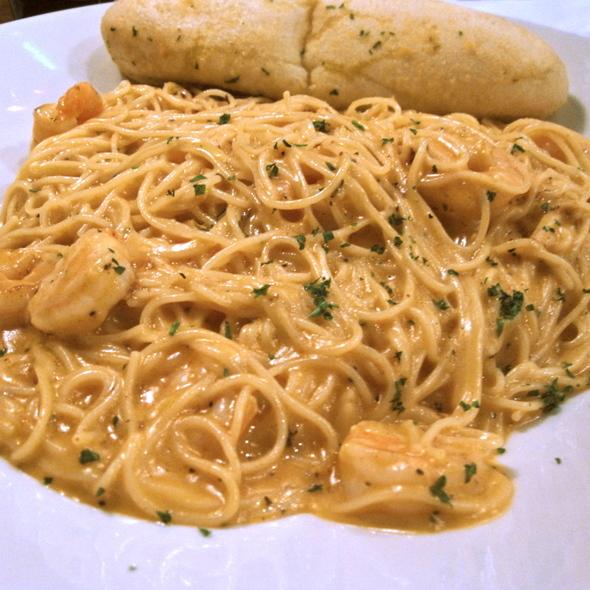 Cajun Shrimp Pasta @ Max & Ermas