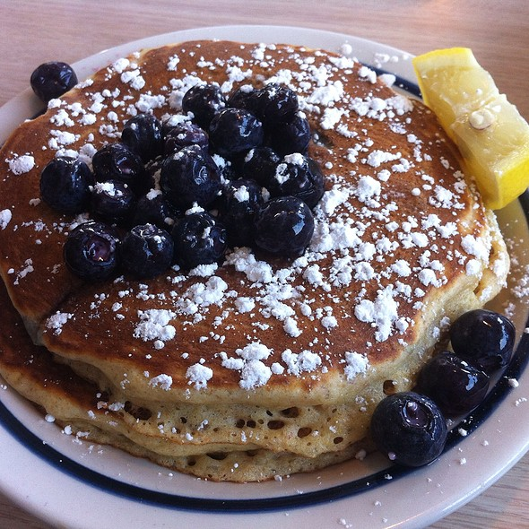 Whole Wheat Blueberry Pancakes @ Ihop