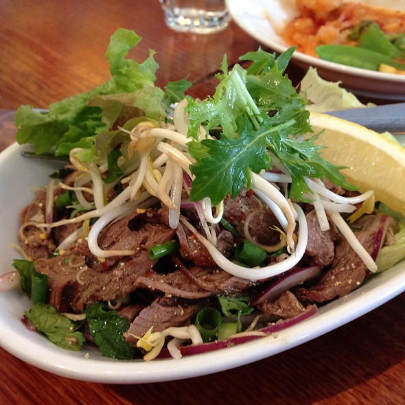 Tiger Beef Salad