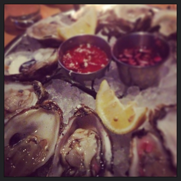 Assorted Oysters - Moonraker, Pacifica, CA
