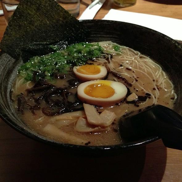 Tonkotsu Ramen @ Shoku Ramen-ya