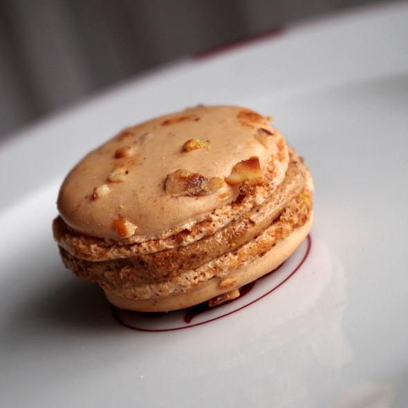 hazelnut and praline macaron @ Pierre Herme