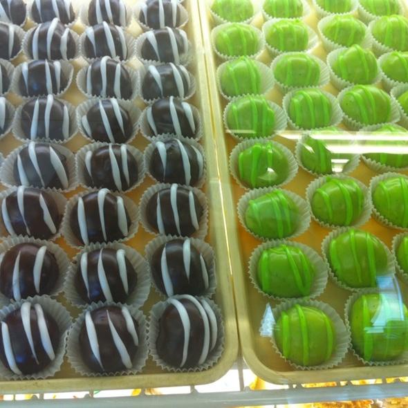 Mini Donuts @ Manchego
