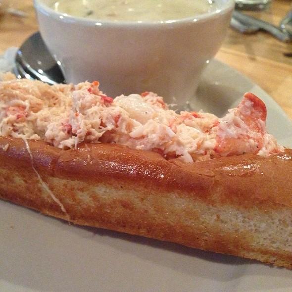 lobster roll @ Sea dog Brew pub