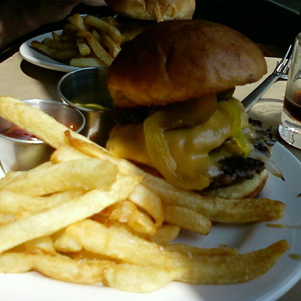 The Burger @ Holeman & Finch Public House