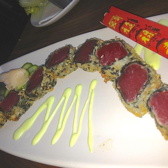 Crunchy Ahi Tuna Roll