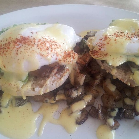 Avacado Benedict - Interstate Kitchen & Bar, Denver, CO
