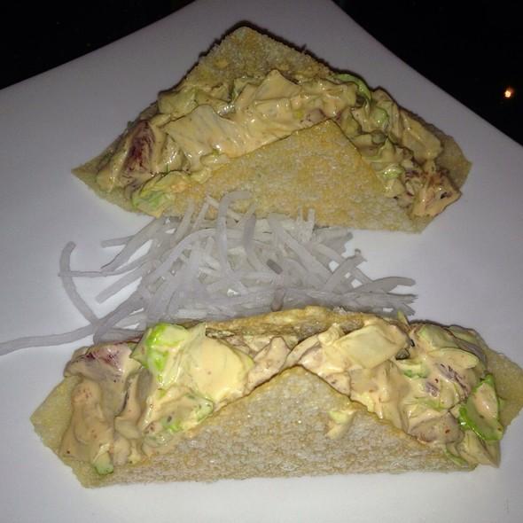Tuna Taco - Nomado 33, New York, NY