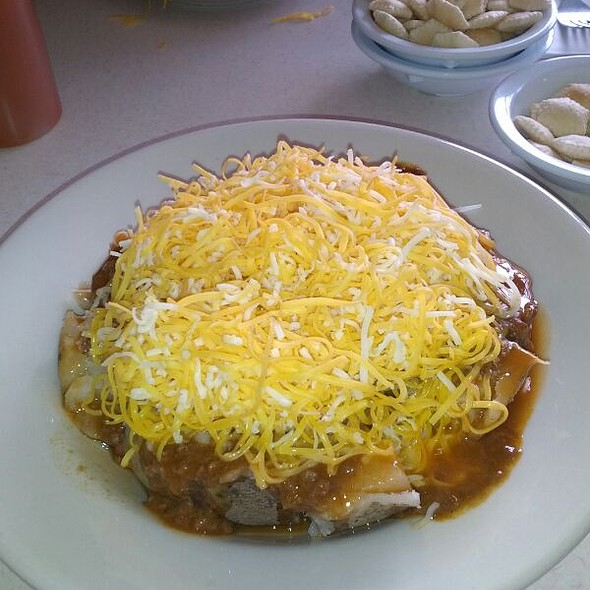 5 Way Chili On Potato
